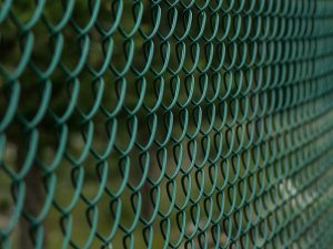 fence-1161128_640(1)